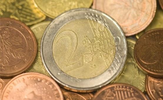 Beelden kluisjesroof Oudenbosch: beveiligers laten bankrovers binnen