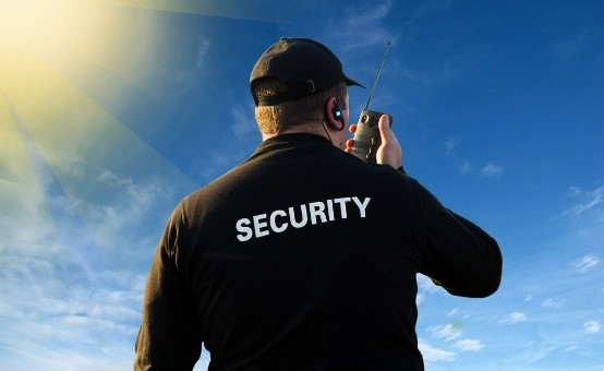 Veiligheidsbranche krimpt conform verwachting licht